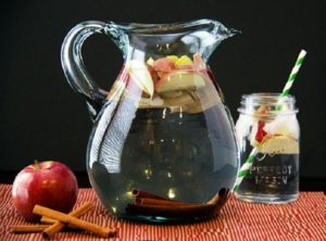 apple-cinammon-detox