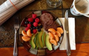 plate of healthy food fruits