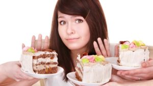 Girl refuse to eat cakes