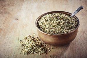 preview-full-bowl-of-hemp-seeds