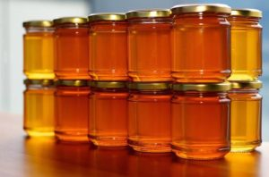 preview-full-jars_of_honey.jpg.662x0_q70_crop-scale