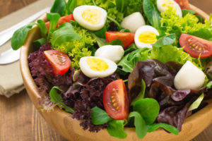 salad-with-egg-660x440