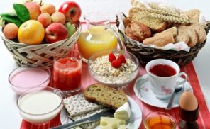 treating insomnia with foods